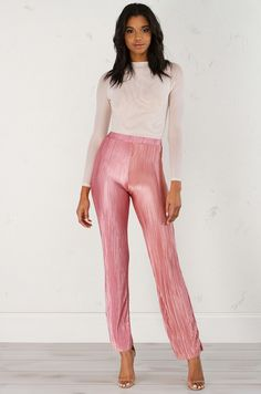 Fine Pleat Trouser Pant in Mauve  (Get the Look at www.shopakira.com) #shopAKIRA #bottoms #pants  #pinkpants #pleatedpants #cutespants #cuteoutfits