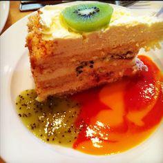 Passion Fruit cake from Extraordinary Dessert