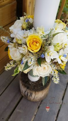 Sara Creations - Lumanare florala botez