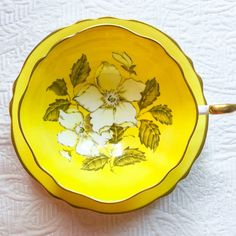 Phenomenal Paragon Vivid Yellow Floral 1940's Teacup and Saucer