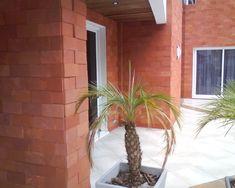 arenito vermelho parede externa http://oazulejista.blogspot.com.br/2013/11/tipos-de-pedras-naturais-para-piso.html#axzz2jX9Irh2D Matéria sobre pedras para decoração.
