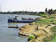Nile ferry at Shendi  معدية النيل قي شندي http://www.panoramio.com/m/photo/19124188   #sudan #shendi #nile #ferry