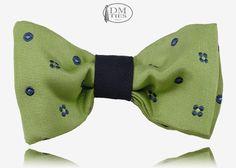 BERNIE - Papillon bimbo ragazzo in seta verde http://www.dmties.com//negozio-online/papillon/papillon-bimbo-ragazzo/bernie-ppb08