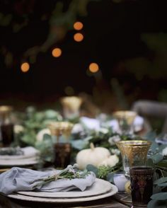 Simple Elegant Gold & Lavender Autumn Table