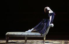 Svetlana Zakharova in <I>Lady of the Camellias</I>.<br />© Damir Yusupov. (Click image for larger version)