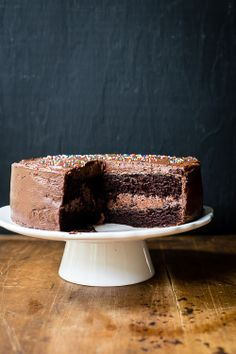 chocolate cake with chocolate buttercream frosting | the merry gourmet