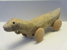Pull toy in shape of an otter from Bet Shemesh (11th-10th BC). Israel Museum, Jerusalem.