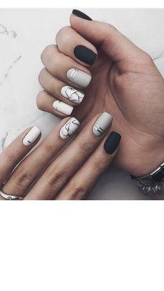 Pin by Lisa Firle on Nageldesign - Nail Art - Nagellack - Nail Polish - Nailart - Nails in 2020 White Acrylic Nails, Best Acrylic Nails, Marble Nail Designs, Acrylic Nail Designs, Chic Nails, Stylish Nails, Diy Ongles, Matted Nails, Glow Nails