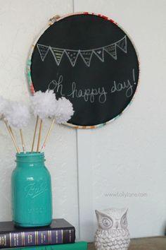Easy embroidery hoop chalkboard tutorial via @Lolly Jane {lollyjane.com}