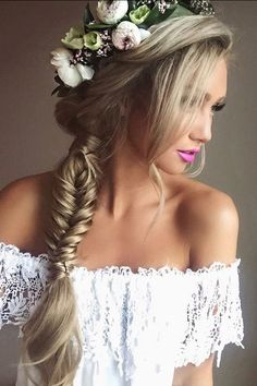 Fishtail Braid and Floral Crown on the stunning @stephanie_danielle who is wearing her Dirty Blonde #LuxyHairExtensions. We love it! <3