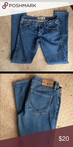 "Pink by Victoria's Secret jeans. Size 6 R Jeans by Pink Victoria's Secret size 6 R. 5 pocket jeans in good preloved condition. 30"" inseam look at pink tag on rear of jeans not sure if that's how it's supposed to be but wanted to mention. PINK Victoria's Secret Jeans"