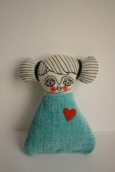 box-blue-girl5 by cara carmina, via Flickr