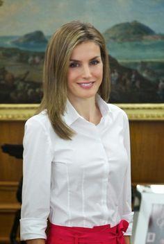 MYROYALSHOLLYWOOD FASHİON:  Queen Letizia attended audiences at Zarazuela Palace, Madrid, July 28, 2014