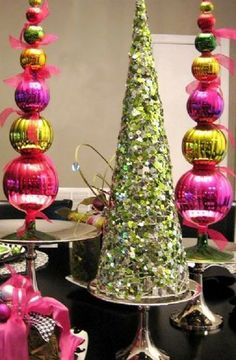 Christmas tree crafts idea, Glitter gold Christmas tree craft idea for 2013 Christmas