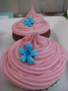 Raspberry and Chambord cupcakes More