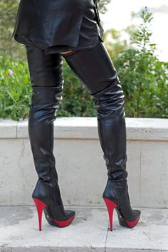 Exklusive Plateau High Heels Crotch Stiefel, extralang