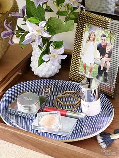 In between running to meetings for the The Honest Comany, Jessica can quickly corral makeup and accessories in stylish dishes and trays — one can never have too many!
