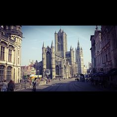 by dariodeschepper: Mooie dag in Gent #visitgent #chillin #ghent #unilife #sunnyday #beautiful #placetobe
