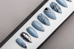 Please make sure that you choose your tips size and form carefully. Choose a 10 Nail set or a Full Set of 20 nails (All Sizes) if unsure of sizing.  This design available in sizes any shape & size. The design on ​the photo made on REGULAR STILETTO shape.  What's in the box? Every set of nails includes mini nail file, buffer, orange wood stick, alcohol pad and nail glue.  *This set is made to order.* Preparation time may vary depending on the load. You can find information about the curren...