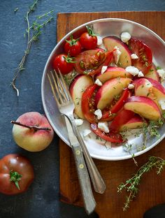 Seriously, this combination of juicy sweet peaches and tomatoes is lethal. It's Summer fruit salad that can often be overlooked because tomatoes are fruits too!
