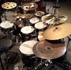 Ugh the cymbals are beautiful. Rhythm Method, Drums Studio, Best Drums, Drum Music, Vintage Drums, How To Play Drums, Drummer Boy, Drum Kits, Music Stuff