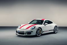 OFFICIAL: 2016 Porsche 991 R unveiled ahead of Geneva | Total 911