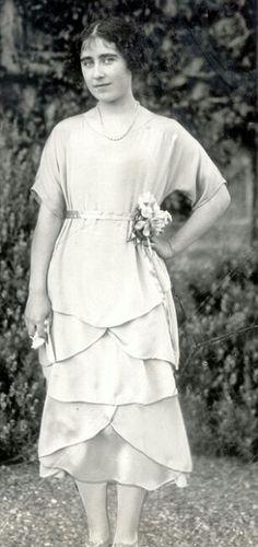 Lady Elizabeth Bowes Lyon  (future Queen Elizabeth) age 21