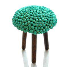 Pompom stool : looks like a mushroom !