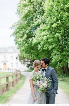 French inspired couple shoot with pasel dress and peach rose bouquet   Photographers: Inge Kooiman Fotografie   Planning & concept: Elsa Schaddelee   Wedding dress: Wild at Heart Bridal   Flowers: Mullers Floral Art   Hair & Make Up: The Beautiful Bride Company   Headpiece: Naturae Design