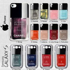 Une coque de portable Chanel.