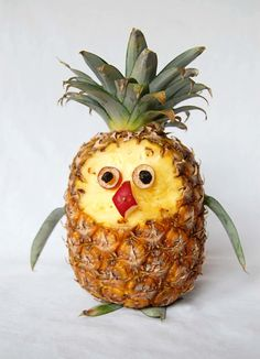 This fruity owl may not look very wise, but he is so cute it's hard not to smile while you make him! --> http://www.hgtvgardens.com/crafts/play-with-your-food-owl?soc=pinterest