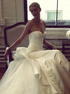 Suknie ślubne Zac Posen dla David's Bridal, fot. Instagram zac_posen