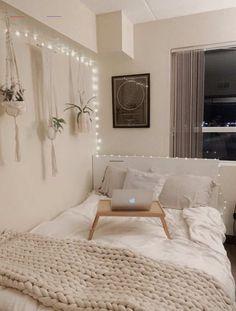 Bedroom Decor For Teen Girls, Teen Room Decor, Cozy Teen Bedroom, Teen Bedroom Colors, Cute Teen Bedrooms, Bohemian Room Decor, Cheap Room Decor, Tumblr Room Decor, Study Room Decor