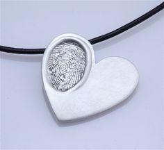 How to make fingerprint jewelry diy pinterest fingerprint fingerprint necklace 3 solutioingenieria Gallery