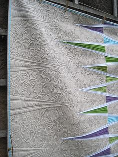 Opposing Triangle Quilt | Flickr - Photo Sharing! Quilted by Krista Withers