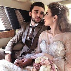 Classy Couple, Beautiful Couple, Wedding Make Up, Dream Wedding, Wedding Day, Cute Couples Goals, Couple Goals, Modern Hijab Fashion, Mode Abaya