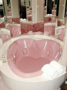 "Pale pink heart-shaped whirlpool – when ""mirror the hell out of the bathroom"" … – Bathroom decor ideas - Bedroom Decor ideas Aesthetic Rooms, Pink Aesthetic, Aesthetic Style, Girls Bedroom, Bedroom Decor, Decoration Shabby, Pink Houses, Pink Room, Everything Pink"