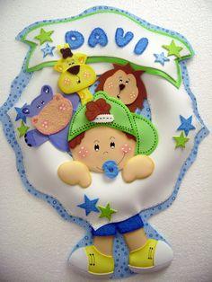 Guirlanda personalizada para porta de maternidade ou quartinho do bebê. R$30,00