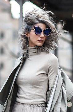 The Best NYFW Fall 2017 Street Style - Fall & Winter Fashion Outfit Ideas   New York Fashion Week F/W 17   Cat-eye glasses, silver /gray hair