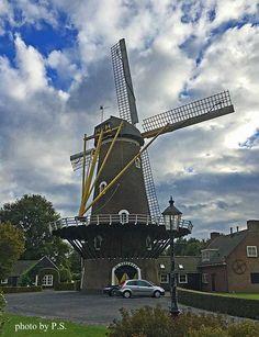 """Molens in Nederland: Oirschot, Molen """"De Korenaar"""""""