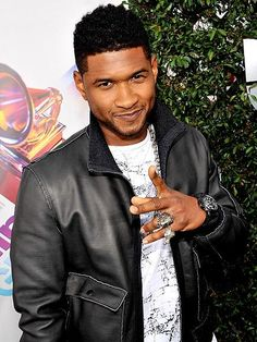 Usher: Been sexy from day 1 Black Celebrities, Celebs, Usher Raymond, Freestyle Music, Gorgeous Men, Beautiful People, Celebrity Crush, Pretty Boys, Gq
