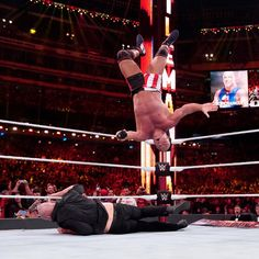 Kurt Angle's farewell match does not go as planned as Baron Corbin shockingly defeats the WWE Hall of Famer at WrestleMania. Wrestlemania 35, Baron Corbin, Kurt Angle, Wwe Pay Per View, Wwe Photos, Angles, Wrestling, Lucha Libre