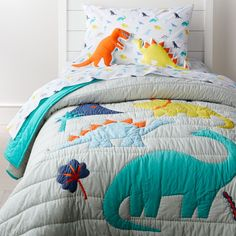 35 Amazingly Pretty Shabby Chic Bedroom Design and Decor Ideas - The Trending House Dinosaur Room Decor, Dinosaur Bedding, Dinosaur Kids Room, Boys Dinosaur Bedroom, Dinosaur Dinosaur, Romantic Bedroom Decor, Simple Bed, Cool Beds, Boy Room