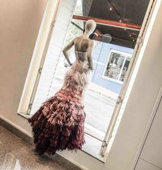 Hendrik Vermeulen at Work… Nice Body, Cape Town, Boutique, Fashion Design, Journal, Shopping, Vintage, Beautiful, Street