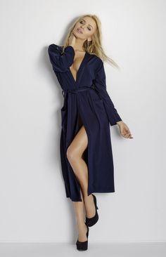 Long déshabillé bleu marine en viscose Robe De Chambre, Lookbook Mode,  Robes, Lingerie cf55f30b0ae1