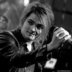 Gerard Way. Lead singer of My Chemical Romance Gerard Way, Emo Bands, Music Bands, My Chemical Romance, My Candy Love, Bae, Mikey Way, Black Parade, Frank Iero