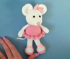 This little ballerina mouse will dance her way into your heart! She stands at just over 7 inches tall (she is a mouse after all!) and would make a perfect pocket pal for your aspiring little ballerina!