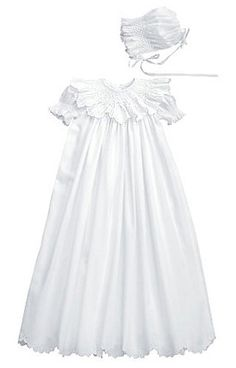 NEW Fantaisie Kids White Cotton Bishop Smocked Christening Gown with Embroidered Rosebuds $150.00