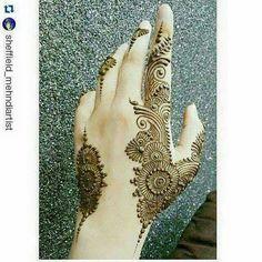 Mehndi Desgin, Mehndi Art, Henna Art, Mehendi, Pakistani Mehndi Designs, Henna Mehndi, Arabic Henna, Henna Tattoos, Mehndi Style