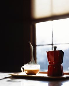 I use Bodum instead of Moka pot but I always like the idea of peaceful Sunday morning with a cup of coffee. I Love Coffee, Best Coffee, Coffee Break, My Coffee, Morning Coffee, Sunday Morning, Coffee Tasting, Coffee Drinkers, Coffee Cafe